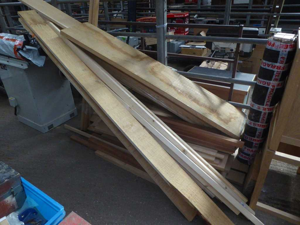 Quantity of oak and other joinery timber
