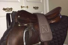 Lot 571 to 575 - Saddles (2)