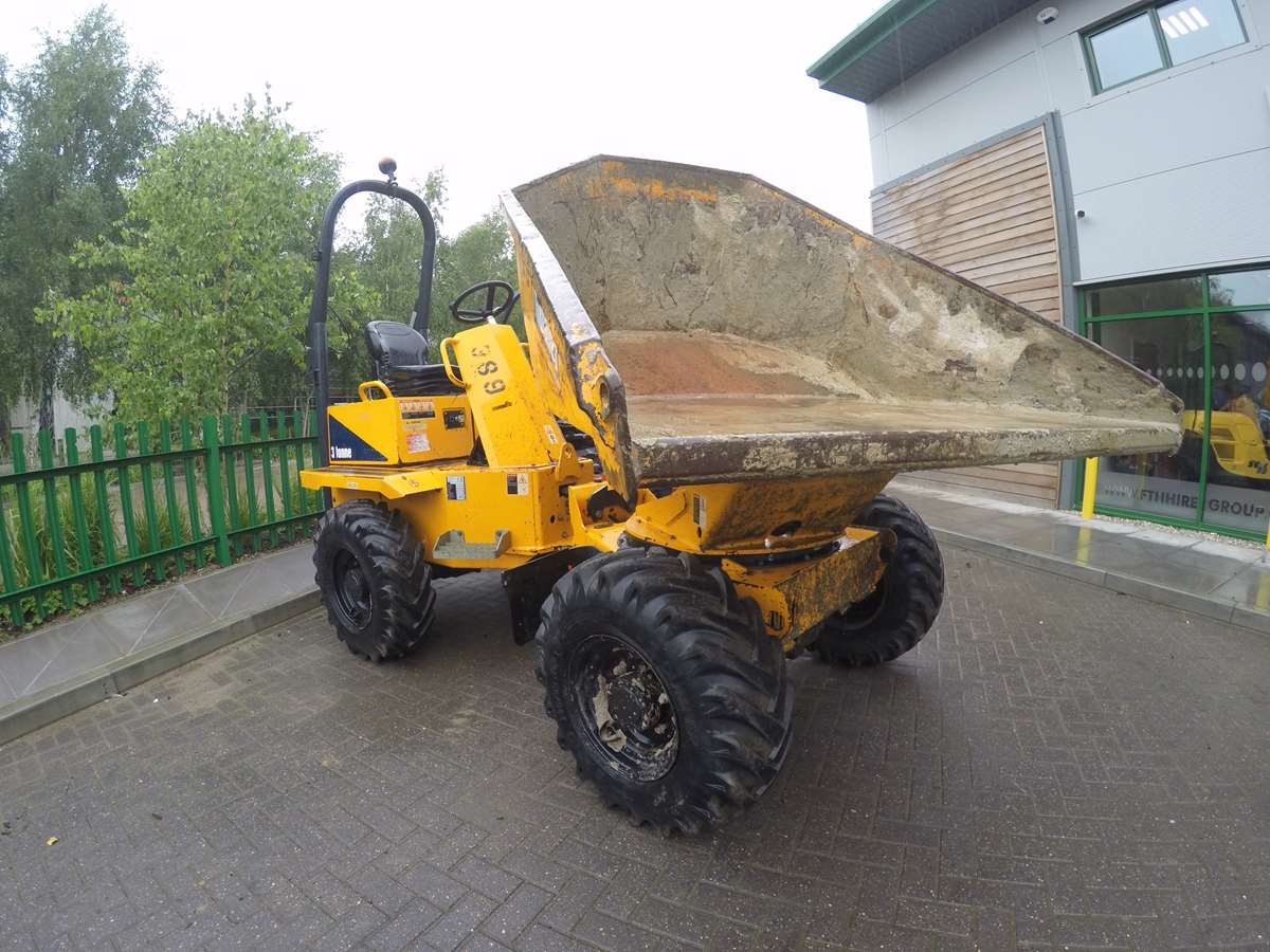 Thwaites 3000 Swivel (2015) FTH3891