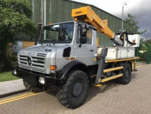Unimog cherry picker