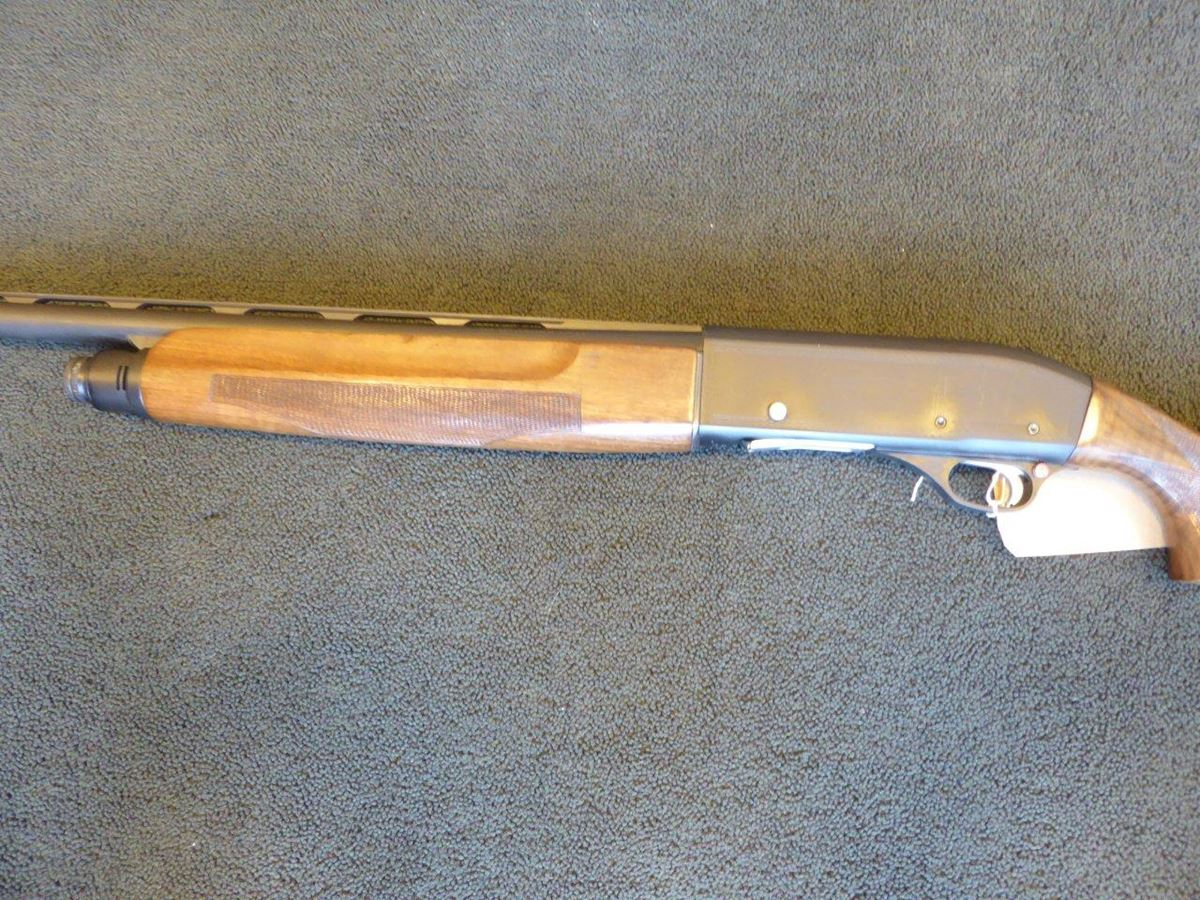 Hatsan self-loading 12 bore shotgun (2)