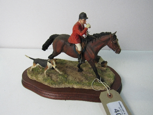 Lot 401 - Border of Fine Art 'Collecting the Hounds' Huntsman & 2 hounds, limited edition 950. Model L125 Modeller Anne Wall