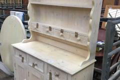 Lot 1287 - Dresser