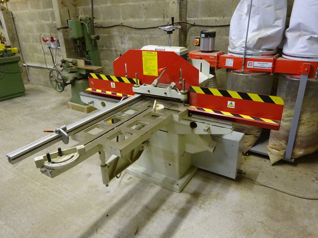 On Line Auction Of Woodworking Equipment Thimbleby Shorland