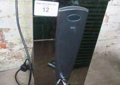 Lot 12 - Instanta 1500 hot water dispenser